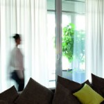 Vitrage en inbetween vindt eigenaar Hans Rietel van Protectsun wel een heel mooi sfeervolle raambekleding